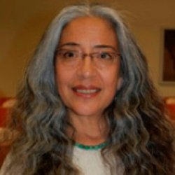 Eileen Gauna