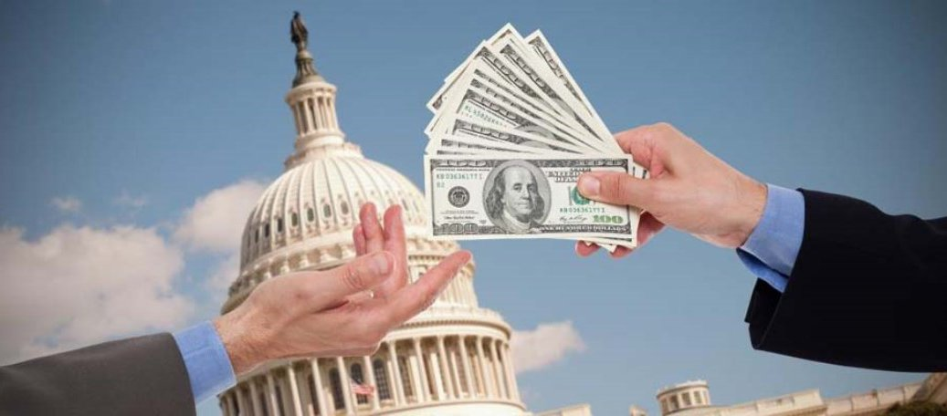 Money_on_Capitol_Hill_wide_1.jpg