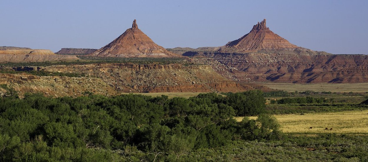 sixshooter-peaks-bears-ears-natl-monument-wide.jpg